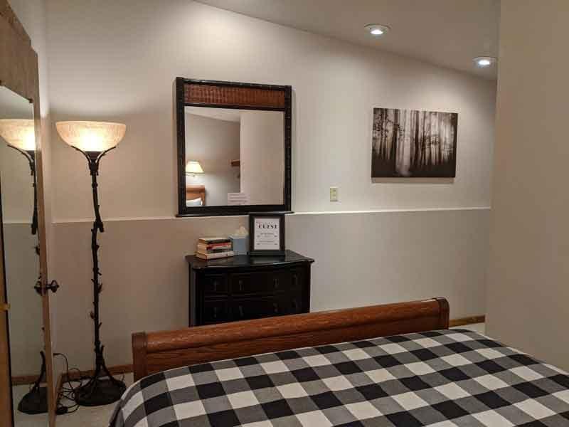 inn_front_suite-002